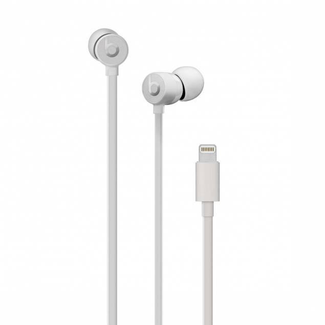 urBeats3-øretelefoner med Lightning-stik - urBeats3-øretelefoner med Lightning-stik er designet med finjusteret akustik med en aksialjusteret driver, der leverer en ekstraordinær lytteoplevelse. Det giver dig optimeret lyd, uanset hvilken type musik du lytter til. Laserbearbejdede ventilationshull