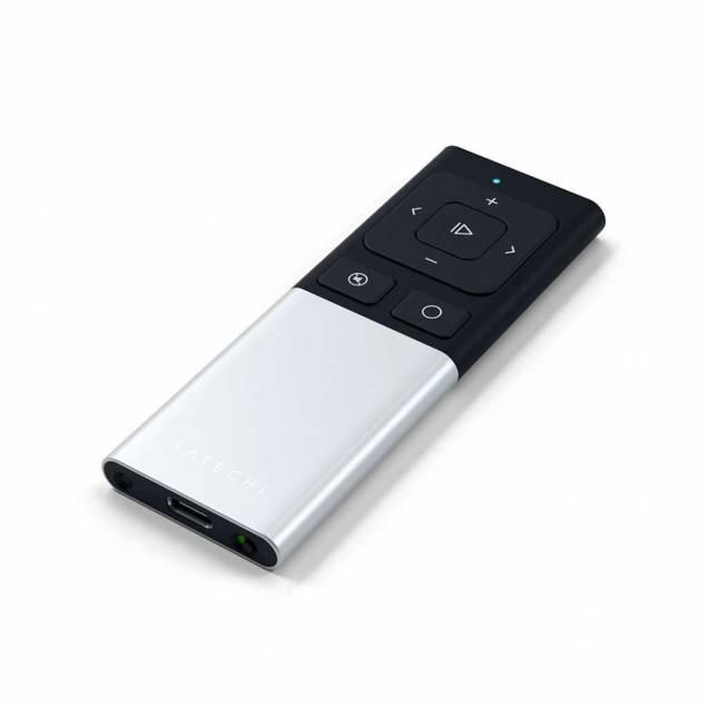 Satechi Aluminum Wireless Remote Control til præsentationer - Farve - Sølv farve - Satechi Aluminum Wireless Remote Control - For all your presentations and media har alt hvad du skal bruge af fjernstyring til Mac. Den fungerer med Bluetooth og fungerer derfor med de fleste enheder. Designet er simpelt og stilrent, med valg af farver: S