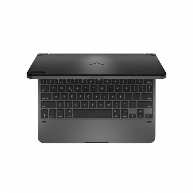 """Brydge Aluminum Keyboard til iPad Pro 11"""" (m. æøå) - Farve - Space gray - De nye Pro-tastaturer giver en fantastisk skriveoplevelse i modsætning til noget andet iPad Pro-tastatur. Juster iPad'en til den perfekte synsvinkel fra 0-180 ° og skriv væk. Et tastatur i fuld størrelse med dedikerede iOS-taster, der giver mulighed for h"""
