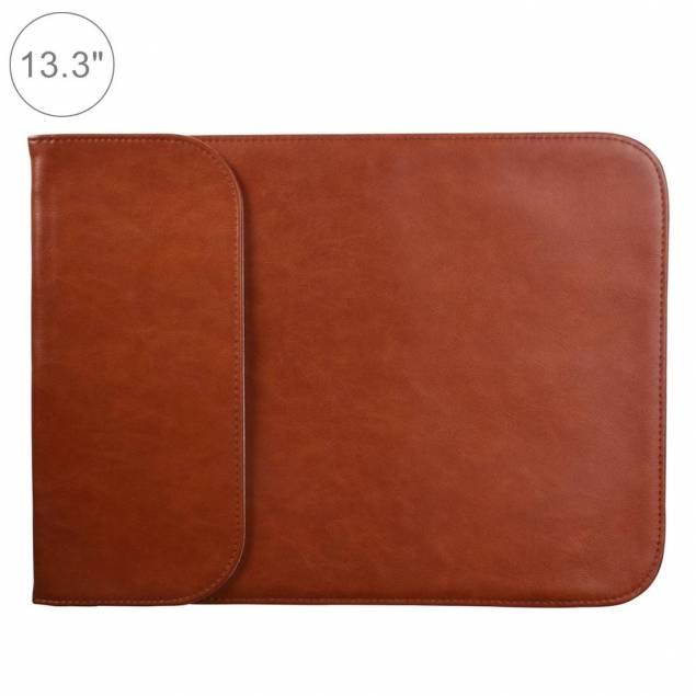 """Klassisk sleeve I brun kunstlæder til 13,3"""" MacBook Air/Pro"""