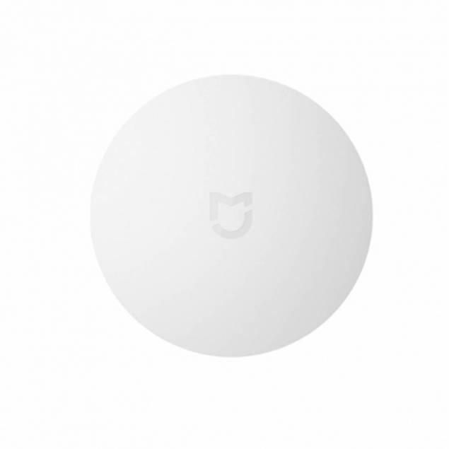 Xiaomi Intelligent Mini Wireless Switch - Denne smarte intelligente trådløse kontakt er et must have i dit hjem! Den kan placeres et sted i stuen, køkkenet eller i dit soveværelse. Denne enhed er lille og diskret og optager ikke meget plads. Ved blot et tryk på den trådløse kontakt, kan du fjern
